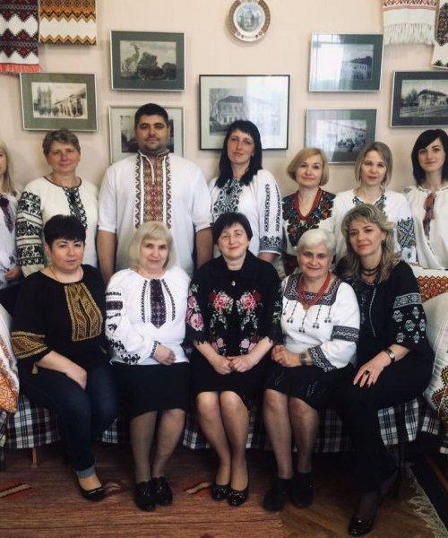 З Днем вишиванки, святом української душі!