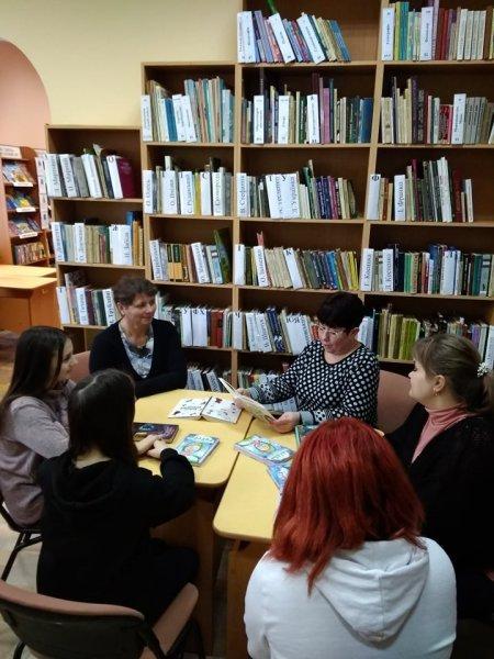 Всесвітній день читання вголос у рідній бібліотеці з друзями-користувачами!